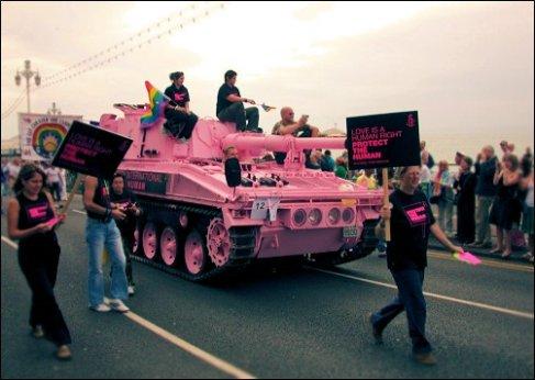 Equipo ROSA, Los de Europa [YA TENEMOS SUBFORO EN EL FORO RISK] Code_Pink_COMMUNISTS_Image2