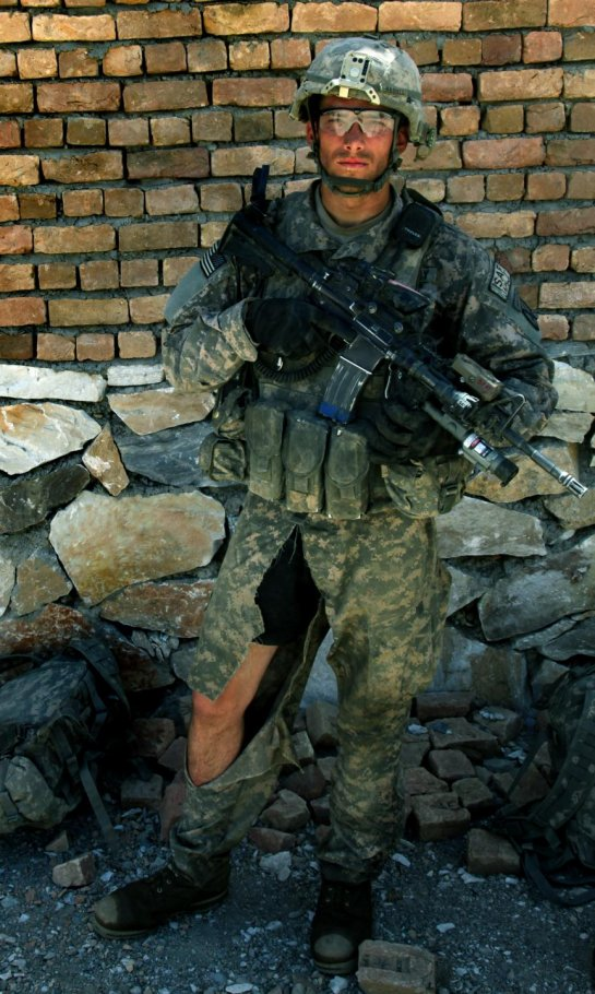 21d5b671b99 U.S. Army Staff Sgt. Stephen Barnes continues with his mission even thought  the crotch of his pants were ripped off during a dismounted patrol across  the ...